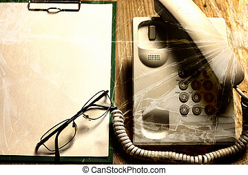 violance telephone call crack glass - electronic home phone...