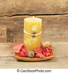 Feng Shui candle - Yellow Feng Shui candle and pot pouri...