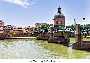 Toulouse - View of Toulouse, France with Saint-Pierre Bridge...