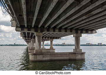 long concrete bridge across the Dnieper River.