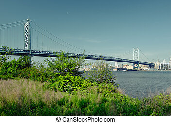 Benjamin Franklin Bridge. Philadelphia, Pennsylvania. -...