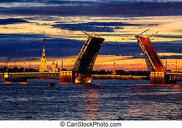 The Palace Bridge on Neva river, St Petersburg, Russia -...