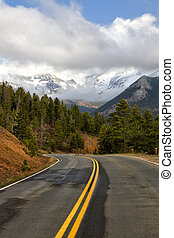 Road through Rocky Mountain National park - The clouds lift...