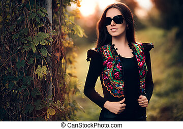 Autumn Fashion Woman With Sunglasse