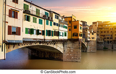 Bridge Vecchio in Florence - Bridge Vecchio on the river...