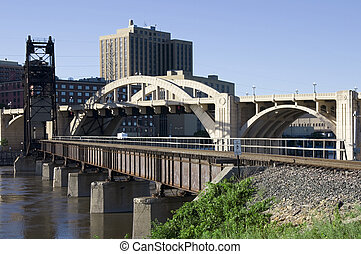 Bridge Intersection in Saint Paul - Photo of Robert Street...
