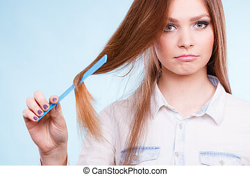 Girl with comb. - Care coiffure haidressing professional...