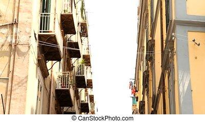Napoli, Street