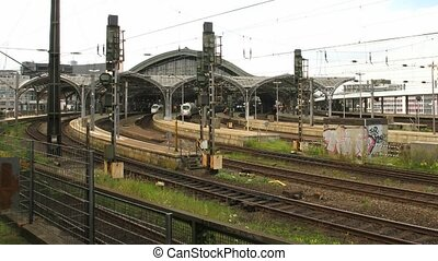 Time lapse Cologne main station - Time lapse some trains...