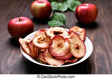 Dehydrated apple chips - Fruit snack dehydrated apple chips...
