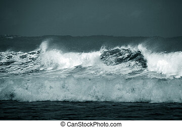 Storm - Ocean waves throughout at storm Indian ocean Bali...