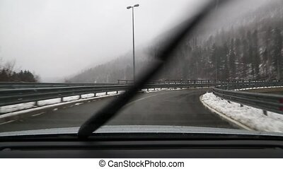 Driving in snow - Driving in falling snow on the highway