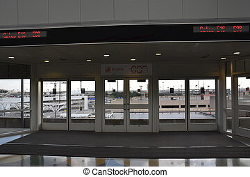 Skylink Monorail at DFW Airport - Skylink Monorail at...