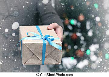 regalo, Dar, mano, navidad