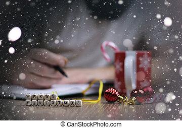 christmas letter man smile