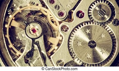 Clock Mechanism Works - Moving metal gears inside working...