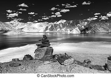 Mountains and rcoks , Pangong tso (Lake),Leh,Ladakh,Jammu...