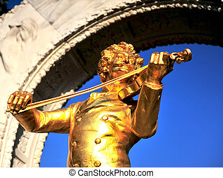 Statue of Strauss composer in Vienna, Austria