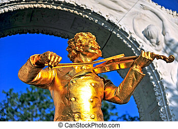 Golden Strauss monument in Stadtpark, Vienna, Austria
