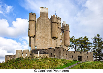 Braemar Castle in Scotland - Historic Braemar Castle in...