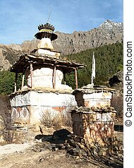 Stupa in Ringmogaon - Ringmogaon - Phoksundo trek - Lower...