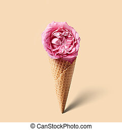 Waffle cornet with flower - Waffle cornet with pink flower...