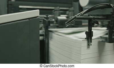 Printing process - feeding sheets of paper, polygraph...