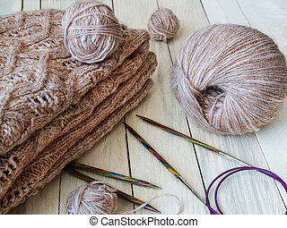 Yarns for hand knitting
