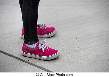 girl with pink shoes