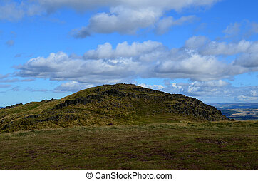 A Beautiful View of Arthur's Seat - A gorgeous look at...