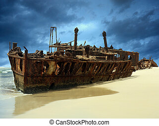 meheno shipwreck - shipwreck of the meheno on Fraser Island