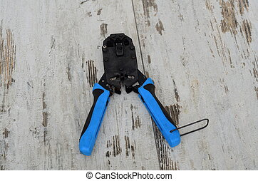 LAN CAT5 CAT6 Cable Crimper Pliers to Ethernet Tool .