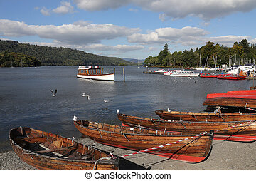 Bowness - Lake Windermere - Lake District - England -...