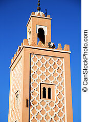 history maroc - in maroc africa minaret and the blue sky...