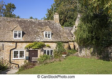 Cotswold cottages, Snowshill, Gloucestershire, England