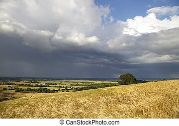 Rain clouds over Warwickshire - View from Lark Stoke near...