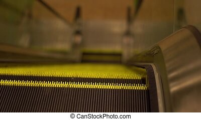 Moving Escalator Up, Mecanic, Electric, Stair and Escalators...