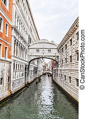HDR Bridge of Sighs Venice - High dynamic range (HDR) Ponte...