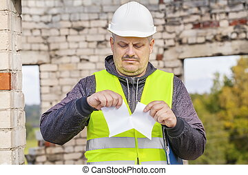 Construction engineer rend paper
