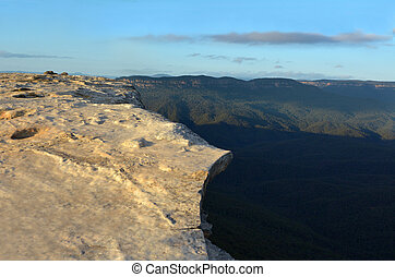 Landscape of Lincoln Rock Lookout with Grose Valley at...