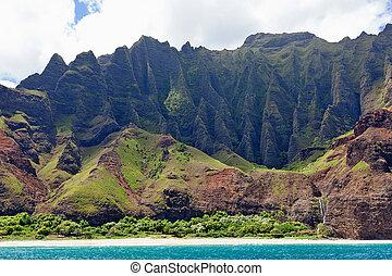 na pali coast at kauai island - view at magnificent na pali...