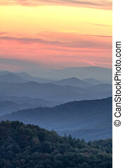 Fall in Great Smoky Mountains National Park - Haze and...