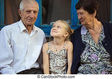 擁抱, 孫女, 父母, 盛大