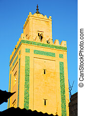history maroc sky - in maroc africa minaret and the blue sky...