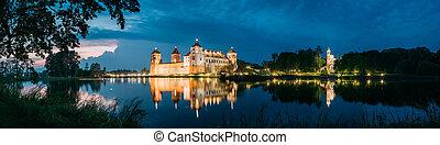 tarde, Belarus, panorámico, Complejo, castillo, mir,...