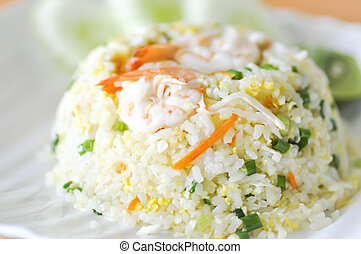 stir-fried rice with shrimp