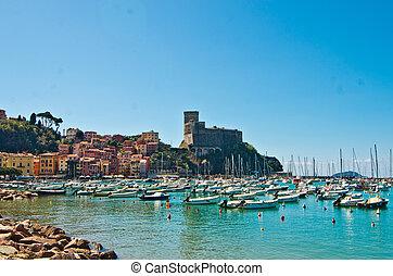 Lerici, the pearl of the Tuscan coast - The seaside village...