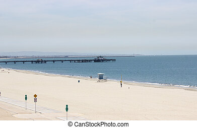 LONG BEACH CITY LANDSCAPE - Day at the Beach