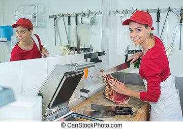 Carniceros, trabajo, hembra