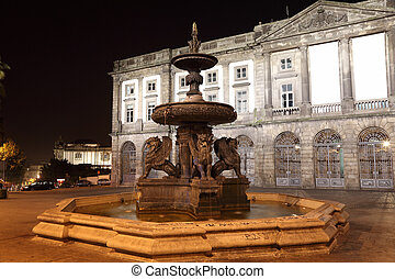 The lions fountain on Praca de Gomes at night, Oporto...